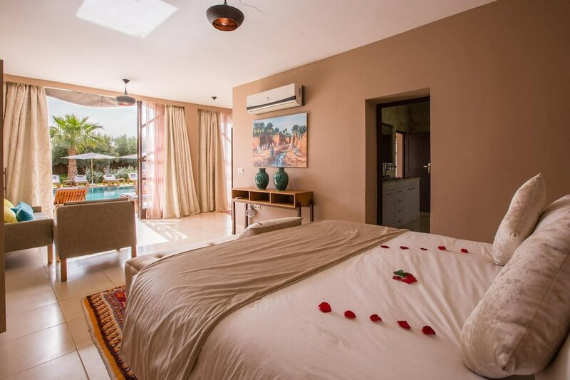 Villa With 7 Bedrooms in Annakhil, Marrakech, With Private Pool, Enclosed Garden and Wifi
