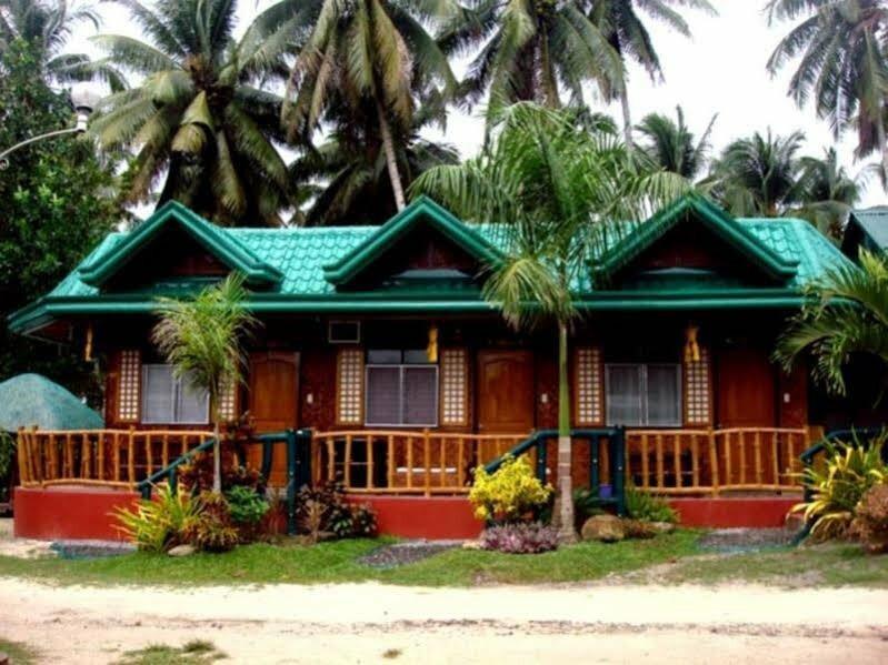 Fernandez Beach And Garden Resort