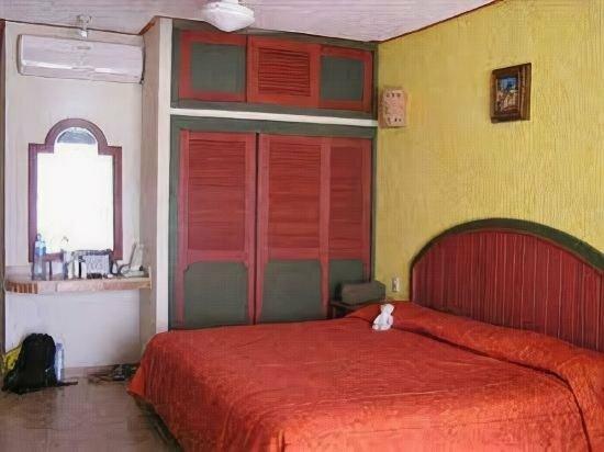 Suites Los Arcos