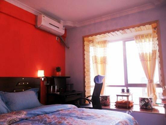 Jinjiang 168 Theme Hostel
