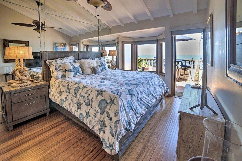 Ocean-view Hamilton Cove Penthouse W Pool & Gym 1 Bedroom Villa