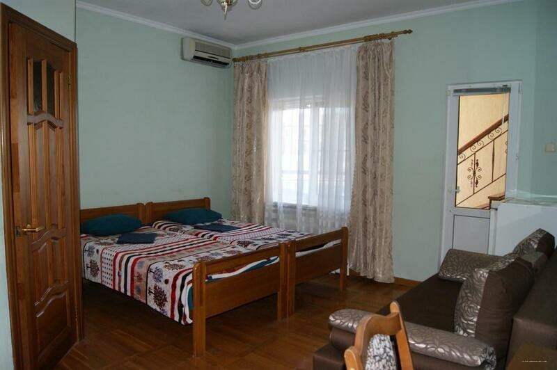On Rosy Luksemburg Guest House