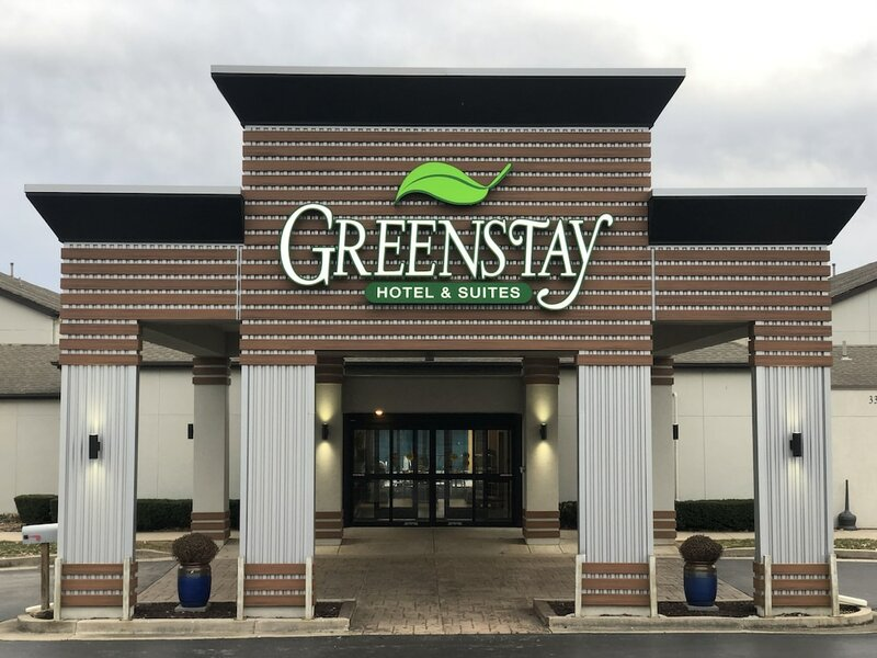 Greenstay Inn & Suites CourtView