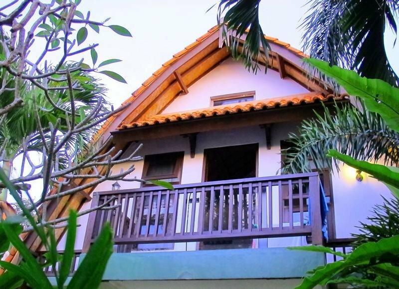 Mango Surf Lodge