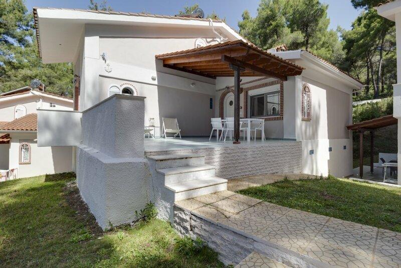 Ekatis House III