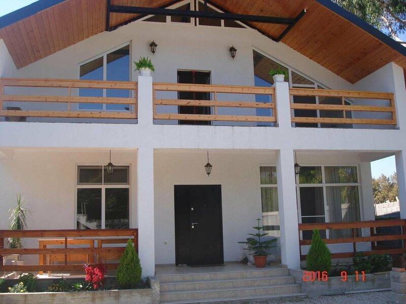 Дом для отдыха на Лапстинской