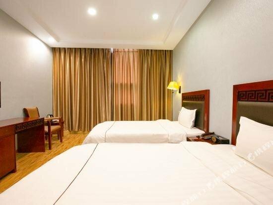 Shuangjiang Hotel