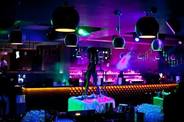 В ночном клубе чикаго ночные клубы москвы коломенское