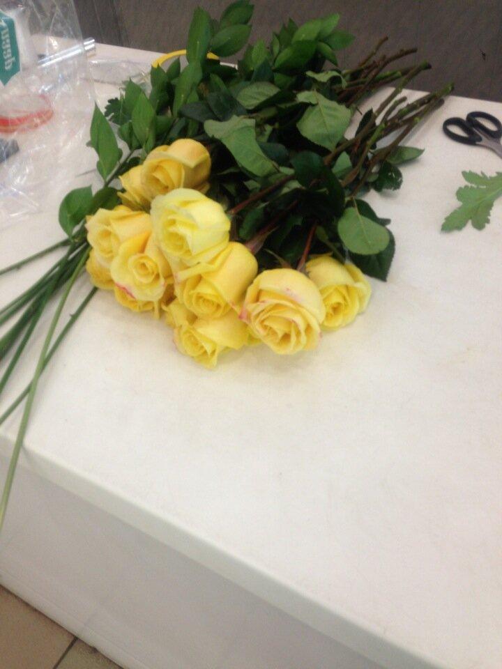 Оптовая продажи цветов в серпухове, цветов
