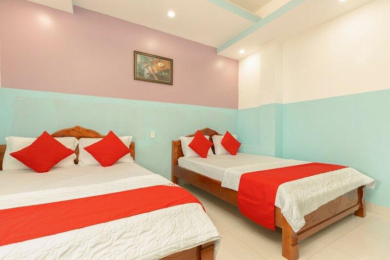 Oyo 621 Hoang Truong Hotel