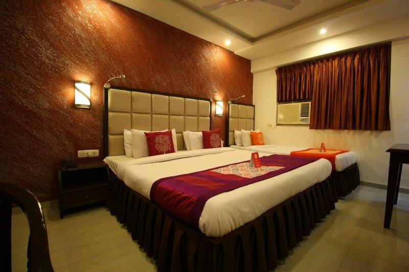 Oyo 8786 Hotel Maan Residency