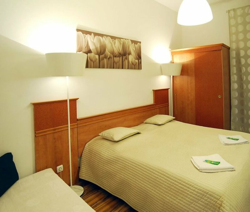 Hostel - with Private Entrance