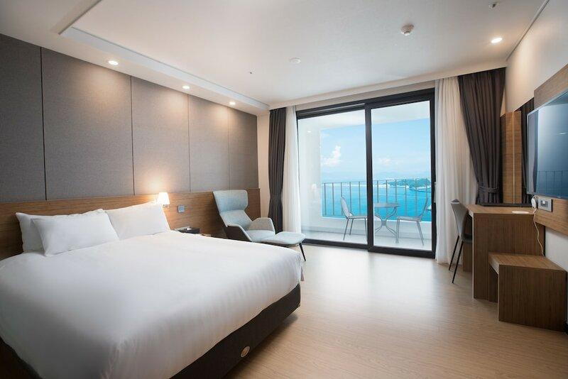 Yeosu Utop Marina Hotel & Resort