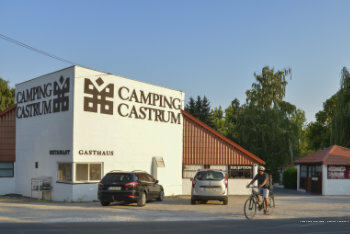 Aqua Camp Mobilhazak - Castrum Kemping Heviz