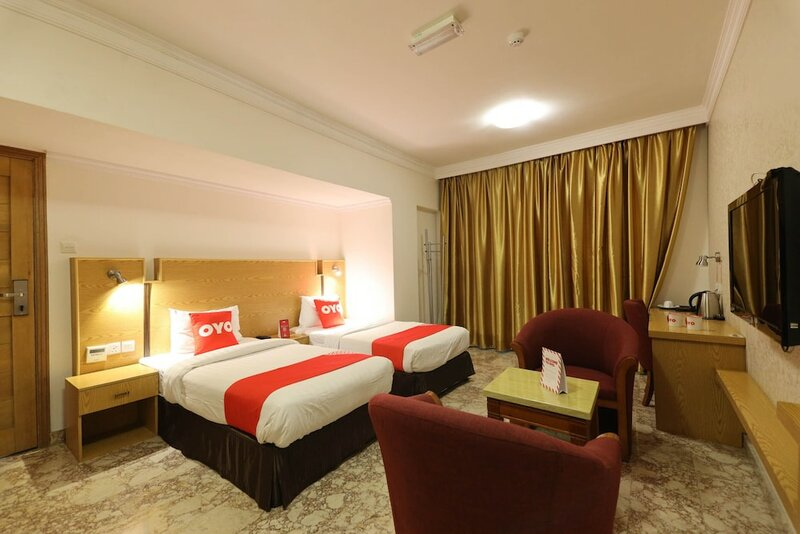 Oyo 132 Al Reef Hotel