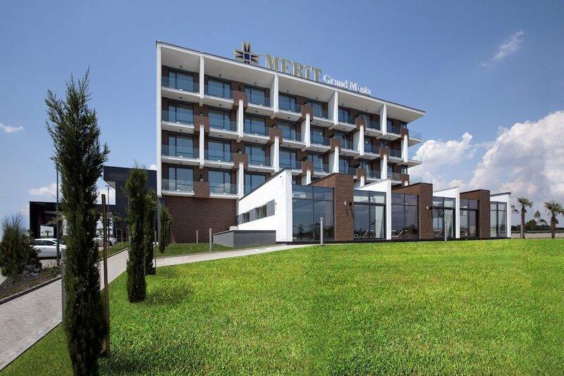 Hotel Merit Grand Mosta Casino & SPA