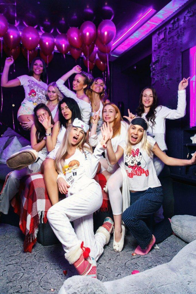 спорт это фото клубных вечеринок санкт петербург фото женщина