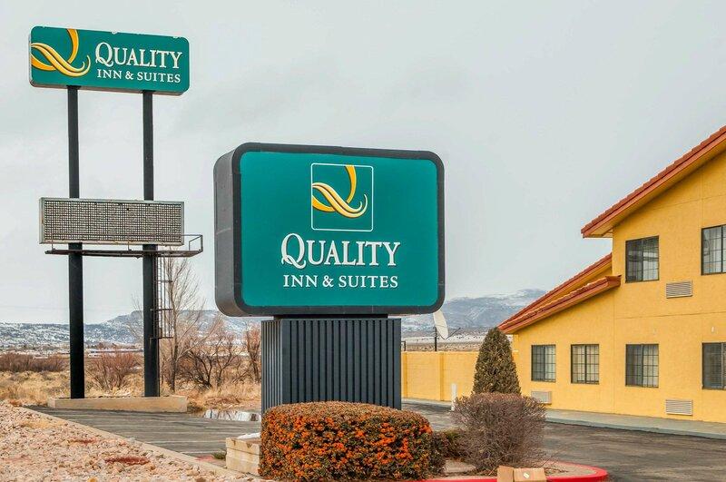 Quality Inn & Suites Grants