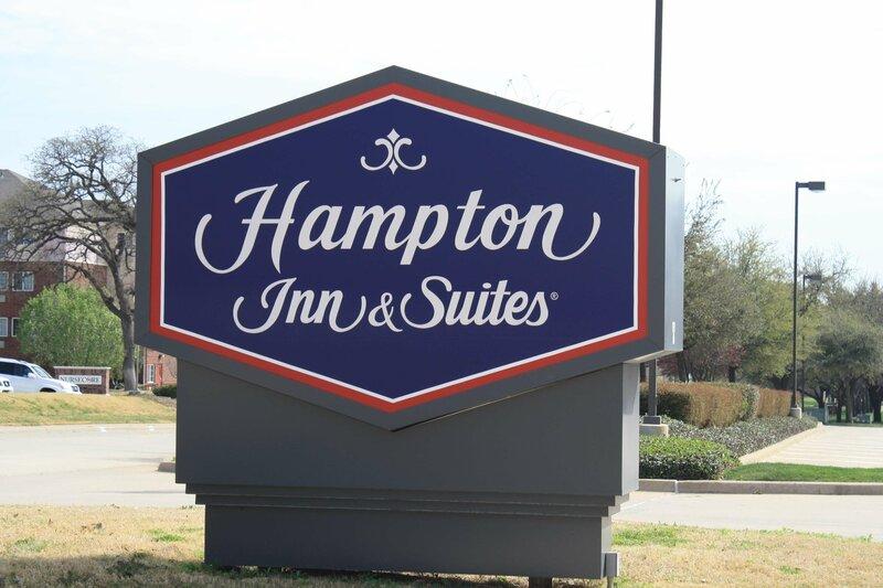 Hampton Inn And Suites Dallas-Arlington No. Ballpark Way