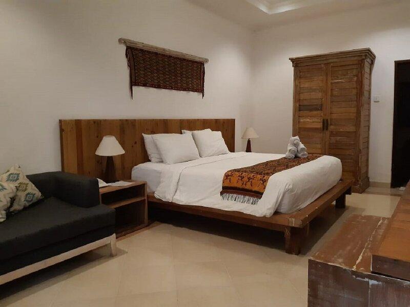 Mina Pelasa Hotel and Resto