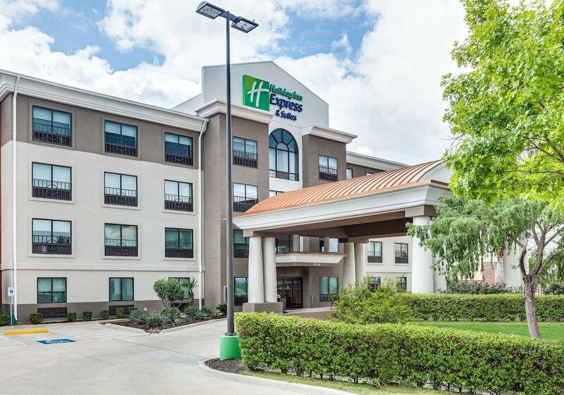 Holiday Inn Express Hotel & Suites Near Seaworld, an Ihg Hotel