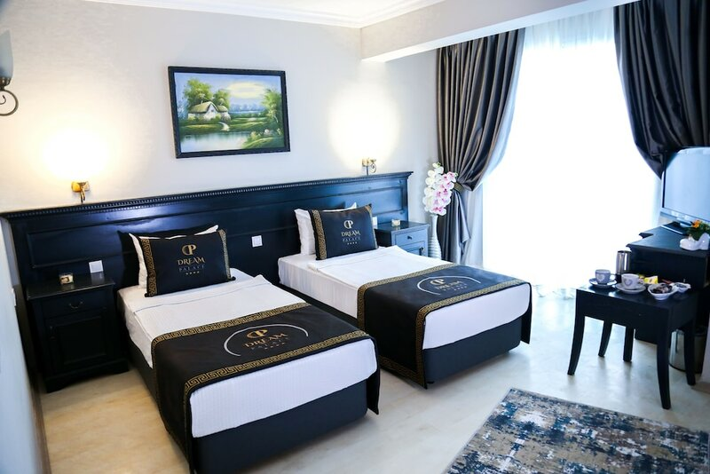 Dream Palace Hotel - Adults Only