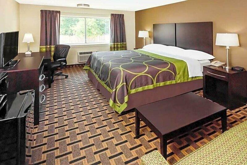 Americas Best Value Inn & Suites Phenix City