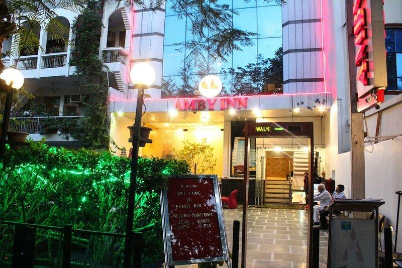 Hotel Amby Inn