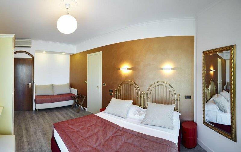 Termini Beach Hotel & Suite