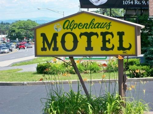 Alpenhause Motel Queensbury