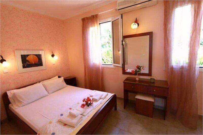 Menigos - Type Aa5g: Beach View 1 Bedroom Luxury Apartment