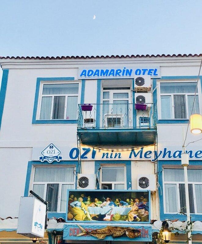 Adamarin Hotel