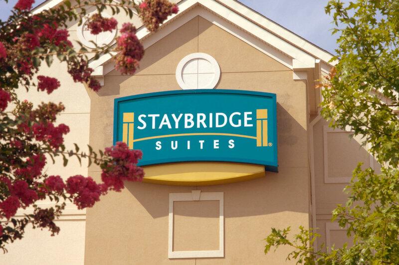 Staybridge Suites Chantilly - Dulles Airport