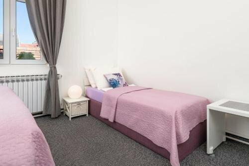 Rooms Mira