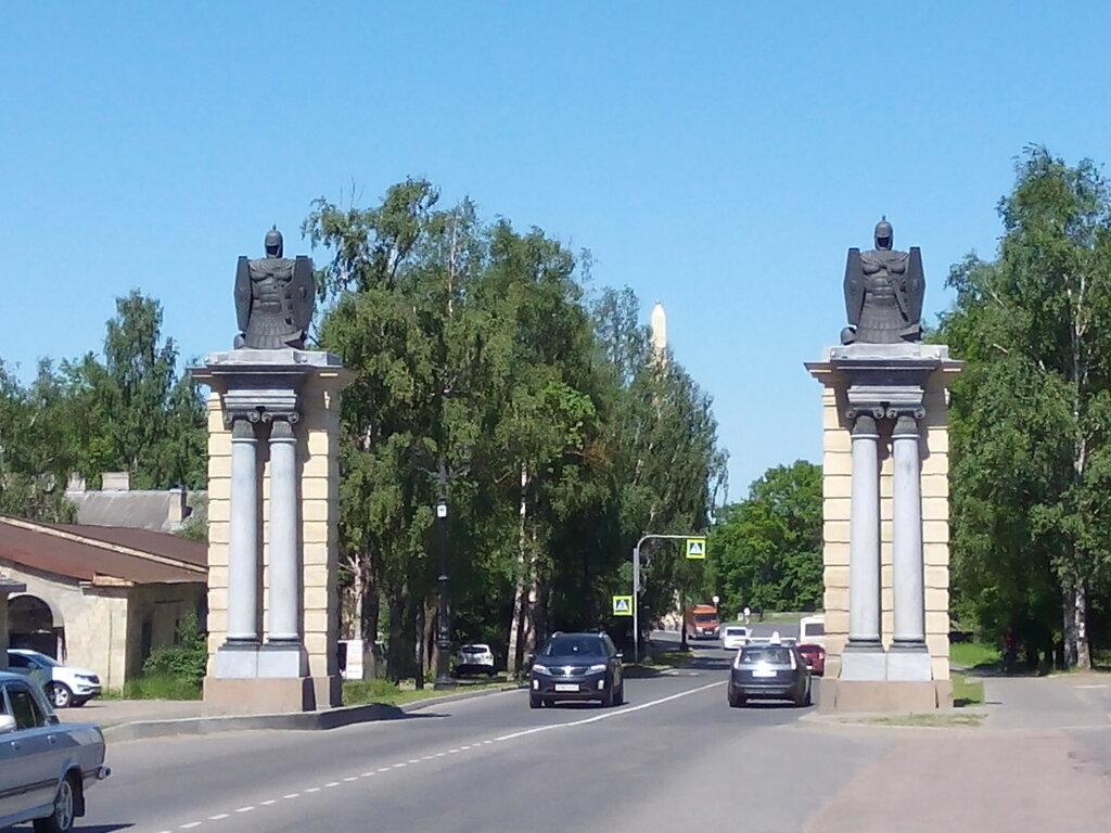 достопримечательность — Смоленские ворота — Гатчина, фото №2