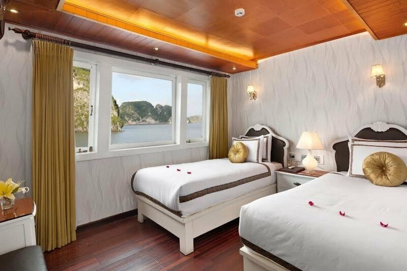 Le Theatre Cruises - Wonder on Lan Ha Bay