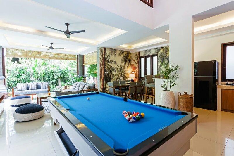 Вилла Kubu Luxury Seminyak Private Mansion