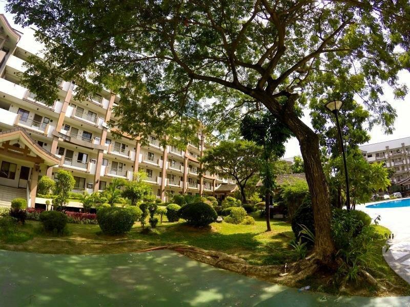 Rosewood Pointe Residences Acacia Estates