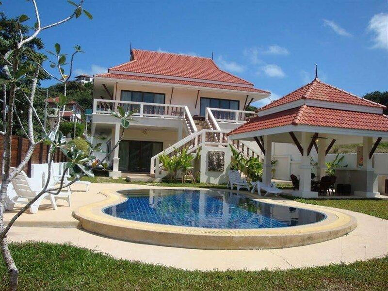 Baan Dork Bua Villa