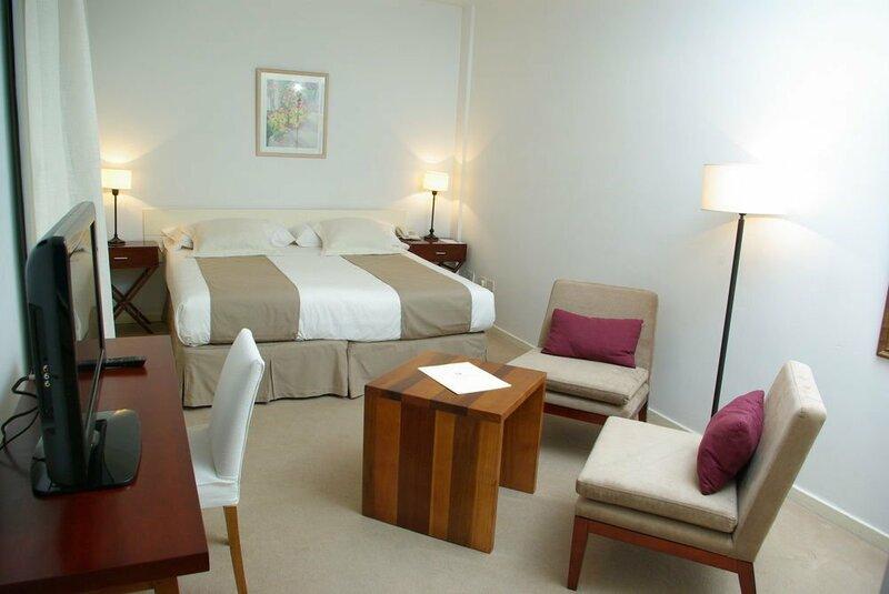 Loi Suites Arenales