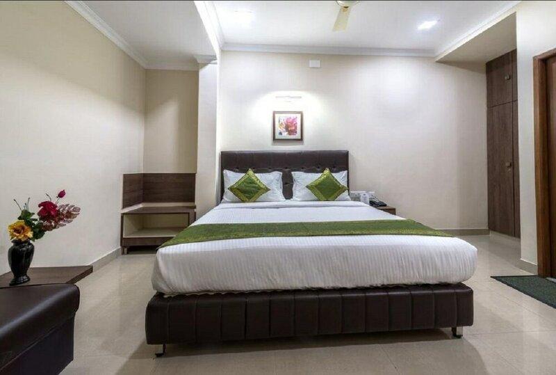 Mount Kailash Suites
