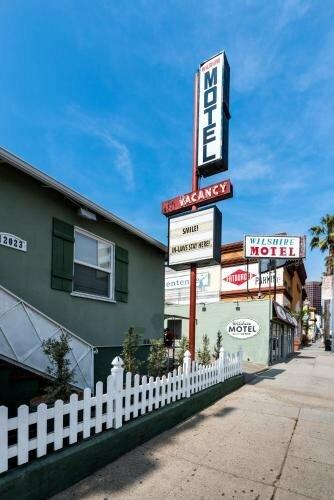 Wilshire Motel