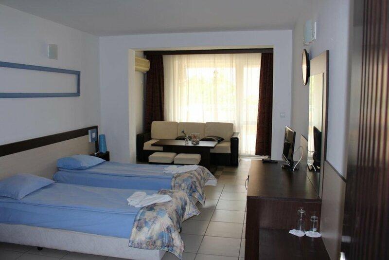 Отель Lilia 2