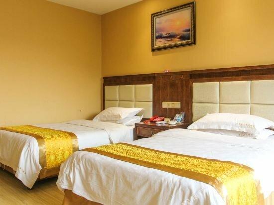 Caizi Jiaren Hotel