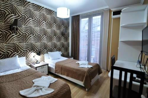 Ренессанс отель