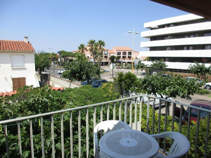 Studio in Le Barcarès, With Wonderful City View and Furnished Balcony