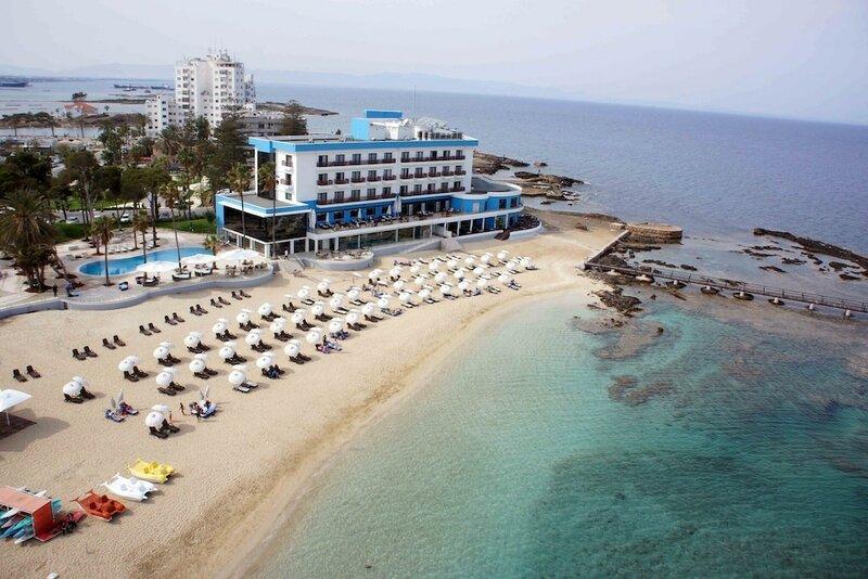 Отель Arkin Palm Beach