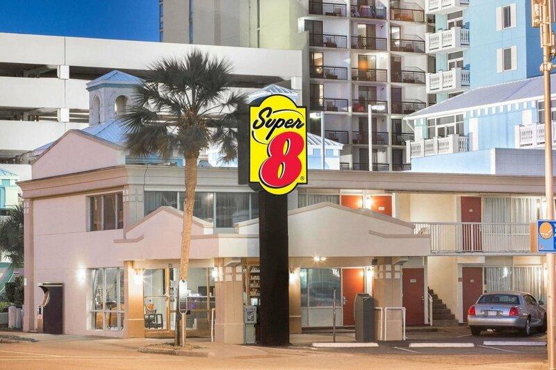 Super 8 Myrtle Beach/Ocean Front Area