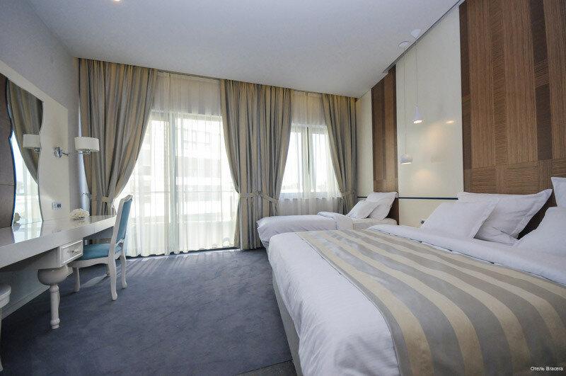Отель Bracera