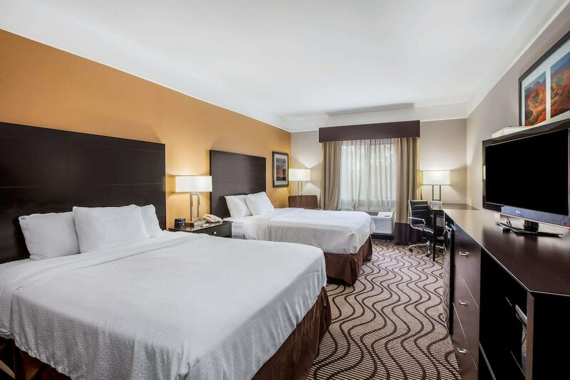 La Quinta Inn And Suites Pasadena